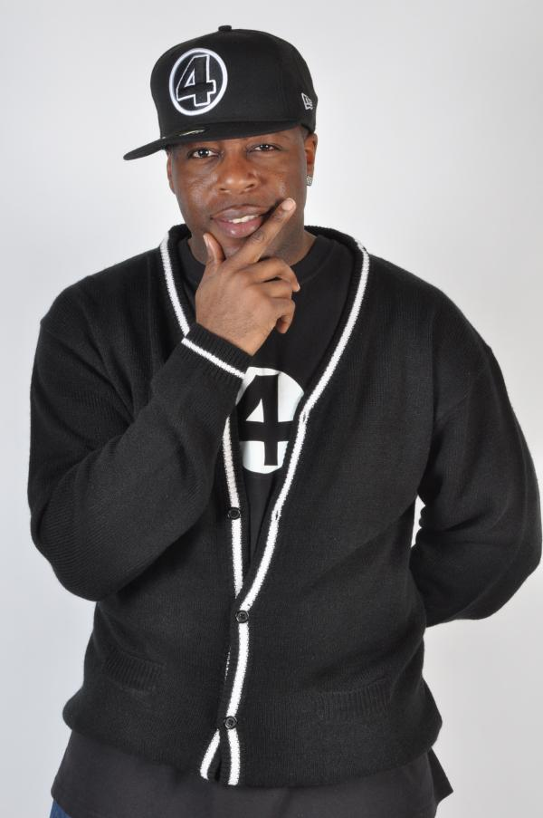 10840235-hip-hop-rapper-etcetera 2