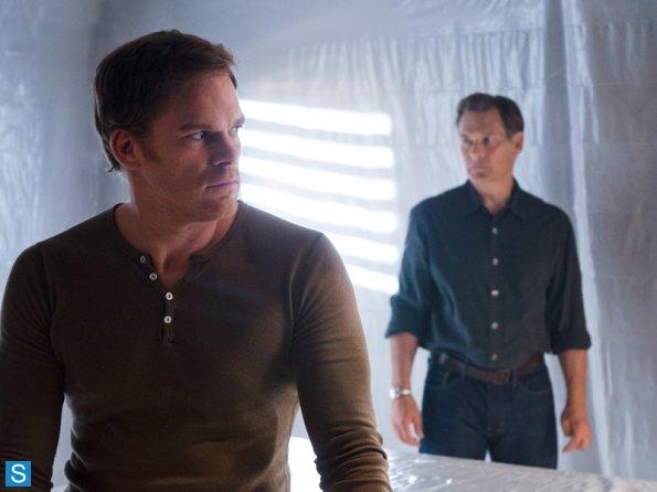 Dexter-Episode-8-10-Goodbye-Miami-Promotional-Photos-dexter-35373926-595-446 2