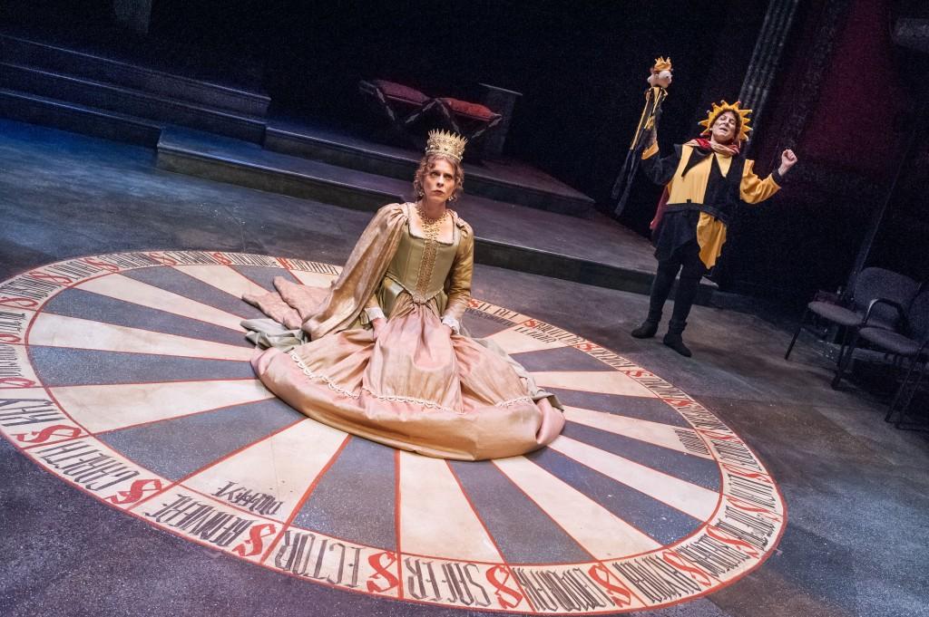 ASP's Henry VIII - Anne Bullen (Kathryn Myles) and Old Lady (Bobbie Steinbach).jpg